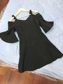 Off Shoulder Bell Sleeve Black Elegant Dinner Dress