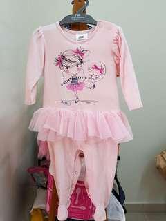 Girls clothes (1-3yo)