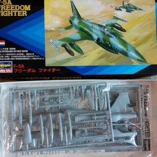 "F-5A""无人""戰鬥機模型1:72,**水贴,机师欠奉"
