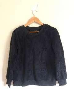 Uniqlo black fluff sweater