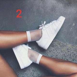 🚚 black n white Fishnet Socks