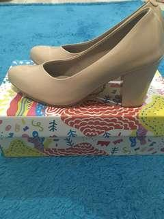 Adorable Projects Armenia Nude Heels