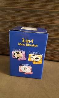 🚚 3 in 1 Moo Blanket