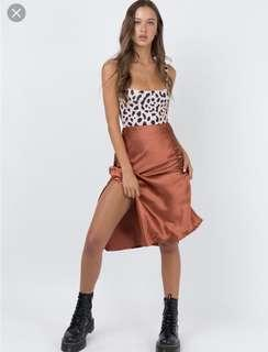 Princess Polly boutique Cleo rust silky skirt 6