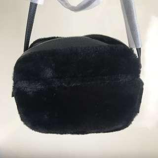 Charles and keith camera bag fur black