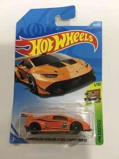 HotWheels Lamborghini Huracan LP 620-2 Super Trofeo