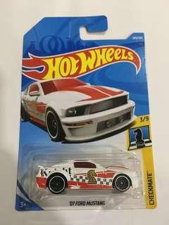 HotWheels 2007 Ford Mustang