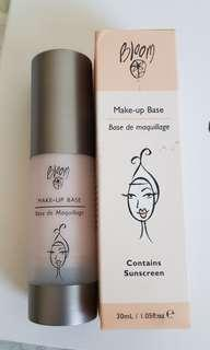 Bloom make-up base