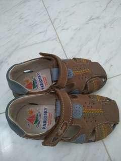 sandals boy pablosky