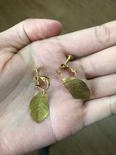 🚚 金色葉子 夾式耳環 無耳洞耳環