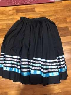 🚚 Preloved grade 1 & 2 character skirt