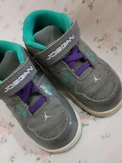timeless design 02b85 ad336 Authentic Nike Jordan 1  Flight 8C
