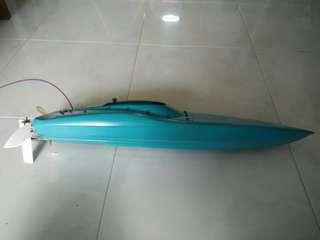 Customized RC Power Boat - Power by 14.4v
