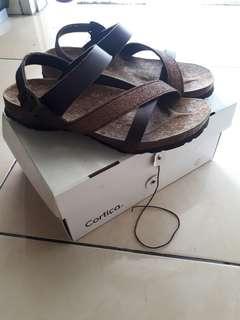 Cortica Safra dark brown