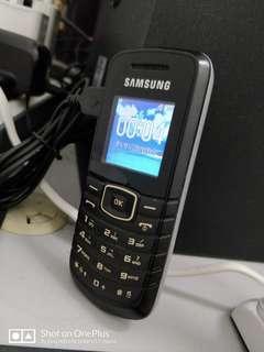 Samsung GT-E1080F Handphone (Secondhand)