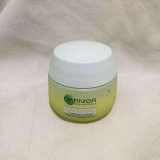 Garnier Yoghurt Sleeping Mask