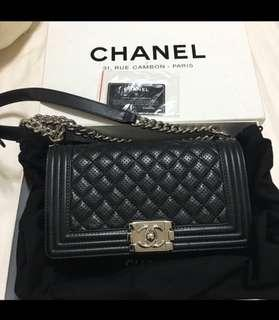 🚚 Chanel Boy Medium