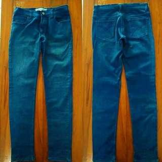 Celana Jeans skinny navy