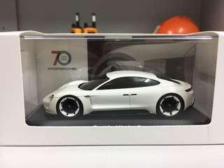 Porsche 70 Celebration- Mission E