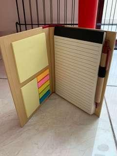 Notebook with mini pad and Post it