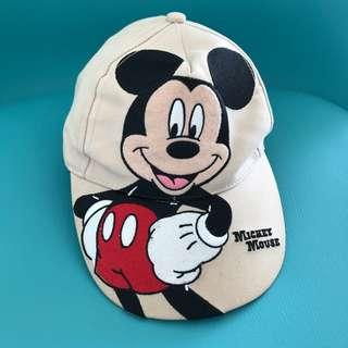🚚 Toddler's cap - Mickey