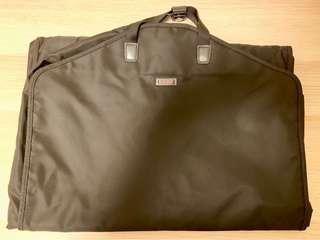 Tumi suit/garment carrier
