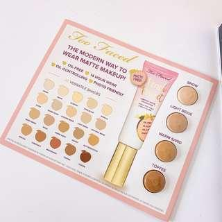Too Faced peach perfect comfort matte foundation • Snow light beige warm sand toffee • Oil-free, 14 hour where, oil controlling, photo friendly • deluxe sample make up