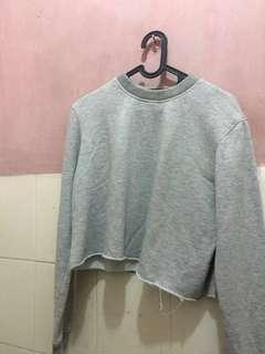 Sweater crop top grey