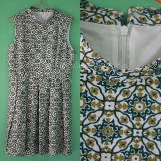 #maudompet Mididress batik