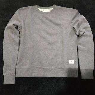 Simple plain sweater