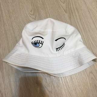 🚚 眼睛漁夫帽