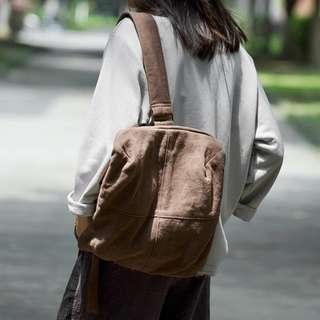 [ U'NIDO ]原創手作 城市旅途厚實棉麻單肩包-深咖啡色/ 中性設計/ 背帶長可調整/ 上班上課日常包/ 暖心禮物