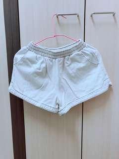 🚚 (二手)牛仔布白色鬆緊短褲