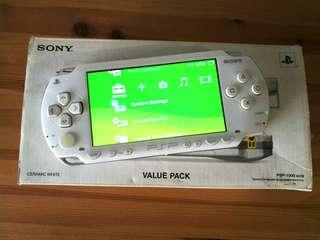 PSP-1000 with 8gb memory (expandable)