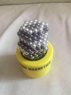 Nanodots 磁力puzzle