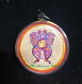 Thailand Charming Butterfly Amulet by Kruba Kritsana, Wat Pa Mahawan🦋泰國古巴傑士納屈巴馬下運人緣蝴蝶佛牌🦋此蝴蝶佛牌不但限量且極為罕有,蝴蝶佛牌有助改善人際關係,亦會令佩戴的人更具吸引力。蝴蝶佛牌更有助增強運勢,為自身及生意上帶來好運,成功,財富及滿足。WhatsApp +852 64672852 or WeChat TheAphroditeWorld or DM us