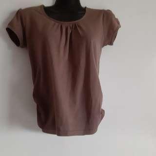 🚚 Brown top