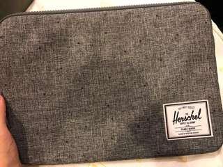 🚚 Herschel MacBook air 13寸筆電包