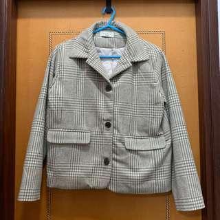 $100 韓國淺杏色格仔西裝棉外套