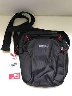 America Tourister Cross Body Bag 斜孭袋