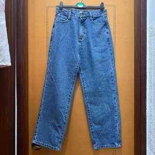 $80 韓國淺藍色直筒牛仔褲 (腰圍27-28吋,長82cm)