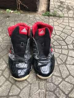 Sepatu basket adidas series 3 original