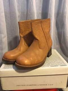 🚚 Jeffrey Campbell Tan Leather Embroidery boots