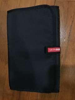 🚚 SkipHop Diaper Changing Picnic Multipurpose Mat