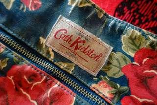 🚚 Cath Kidston Shoulder Sling Bag