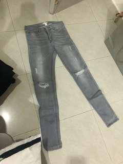 H&M Woman Ripped Jeans