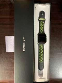 🚚 Apple Watch Series 2, 42mm, Nike Edition (Silver)
