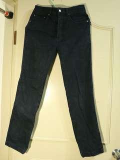 🚚 限時特價 🎈台灣製造厚質耐磨黑牛仔長褲 買到賺到!