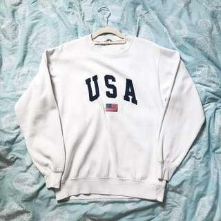 🚚 BRAND NEW BRANDY MELVILLE Erica USA Graphic Sweater Pullover Outerwear