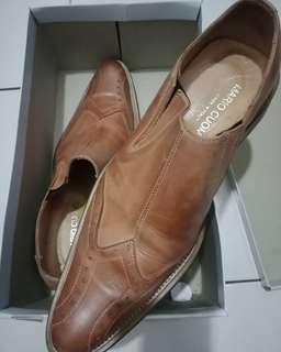 Sepatu pria Mario Cuomo made in Italy